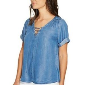 Lucky Brand Lace Up Chambray Top Size Medium